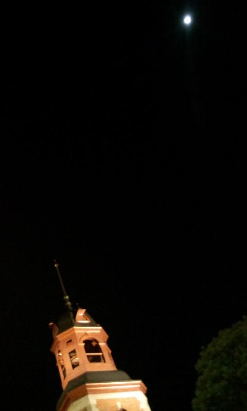 月にクラーク